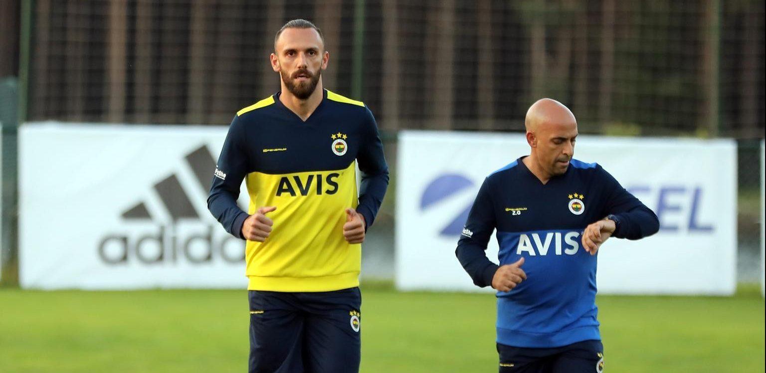 Fenerbahçe'nin yeni transferi Vedat Muriç, Topuk Yaylası'na geldikten sonra ilk antrenmanına çıktı.
